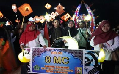 Takbir dan Pawai Lampion Mengiri Malam Idul Adha 1440 H di MTsN 4 Madiun